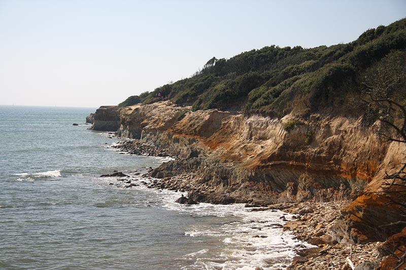 La côte rocheuse du Payré