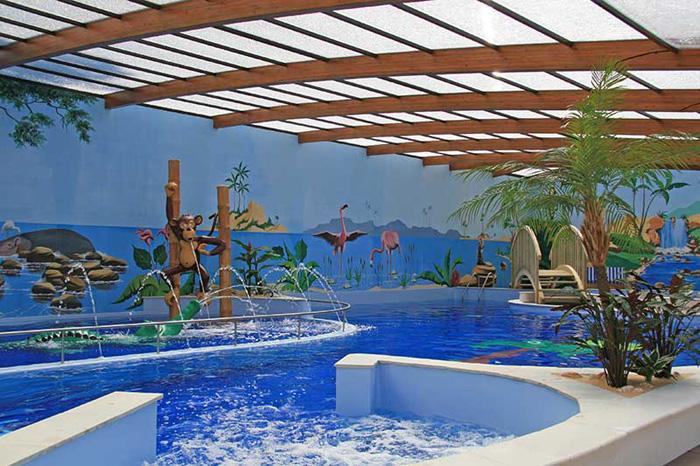 Camping avec piscine couverte jard sur mer camping jard for Camping loire atlantique avec piscine couverte