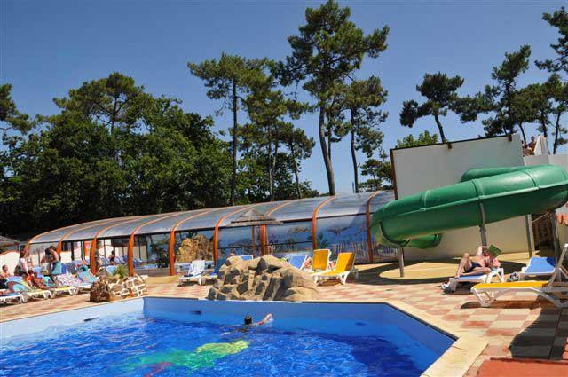 Piscine camping Longeville sur Mer