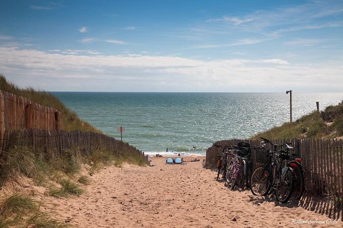 chemin menant directement à la plage