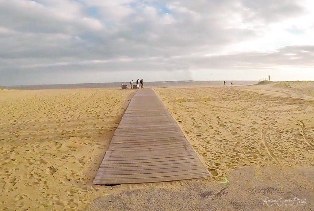 Camping proche de plages accessibles pour les personnes handicapées