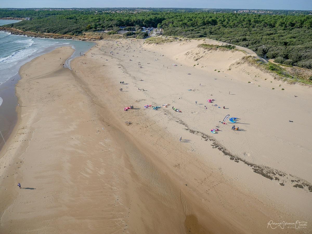 Talmont Saint Hilaire plage du Veillon près du camping