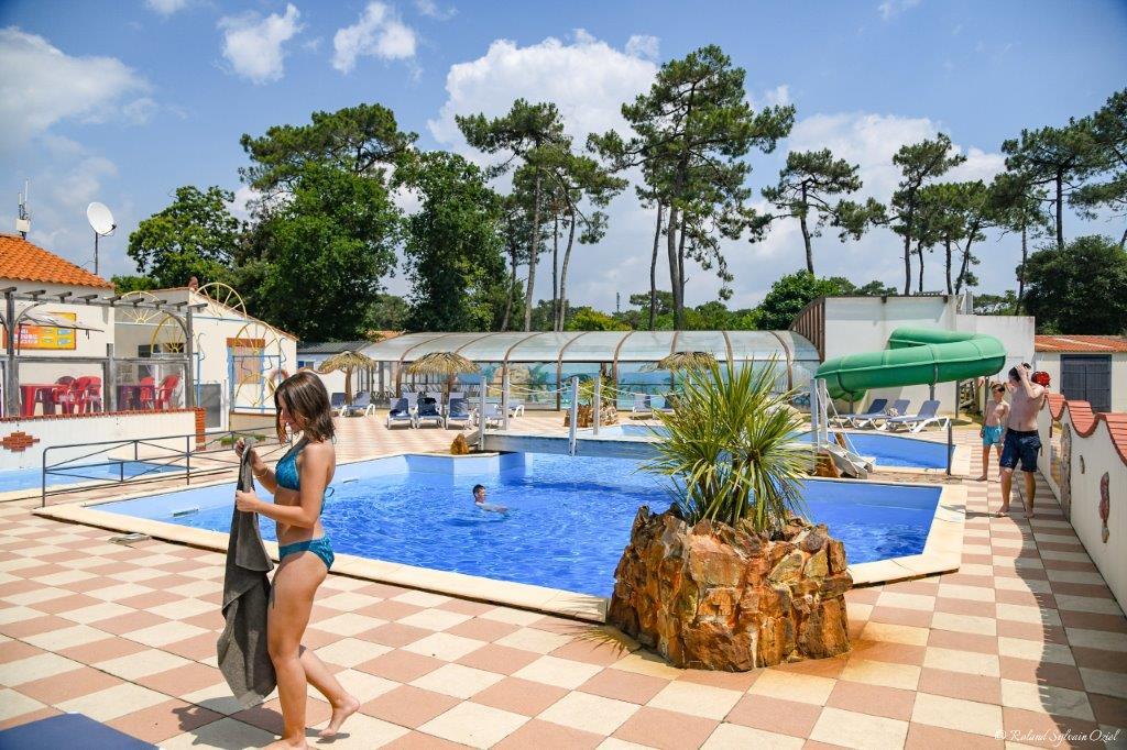 piscine extérieure du camping