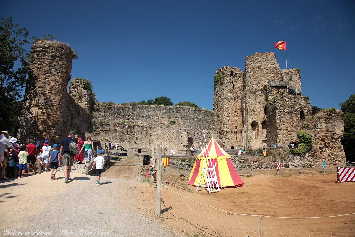 chateau de Talmont saint hilaire