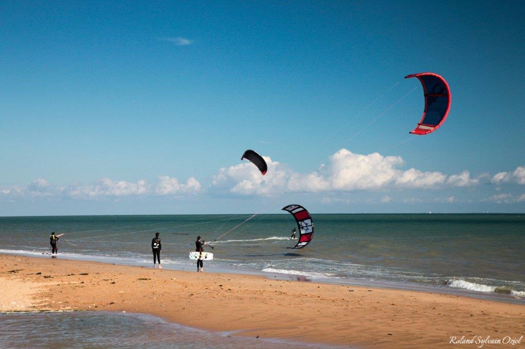 surf sur la plage en Vendée