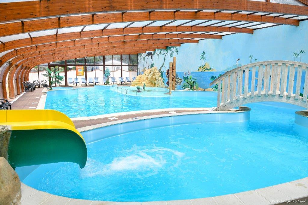 piscine couverte et chauffée camping Jard sur Mer