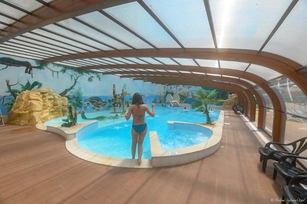 piscine couverte camping Jard sur Mer